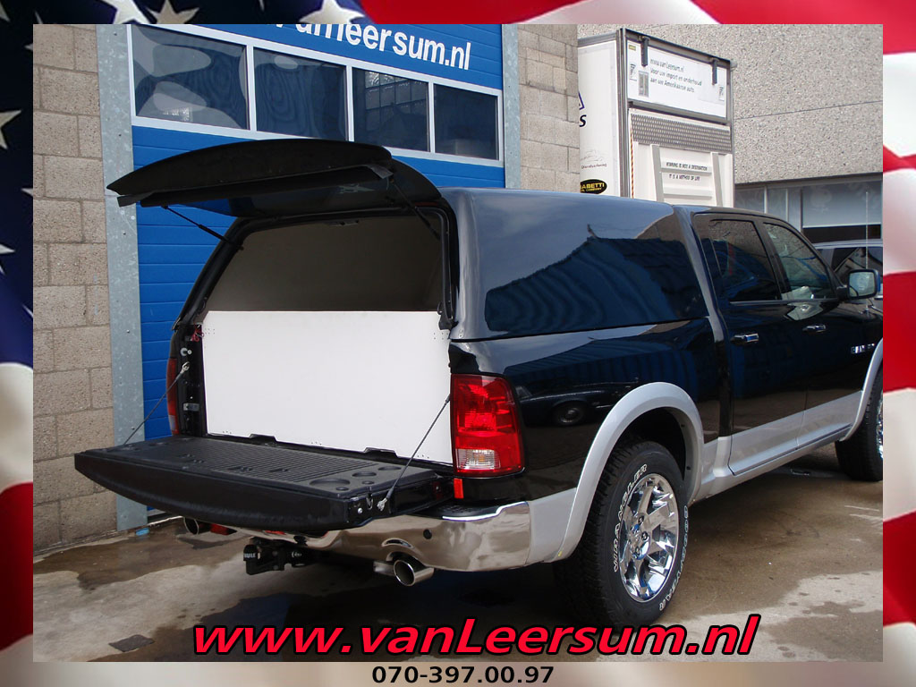 Huif on 2008 Dodge Ram 1500