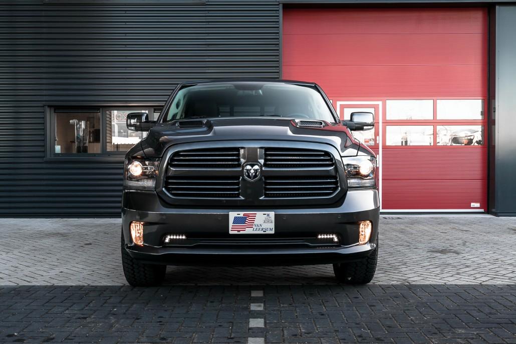 Dodge Ram 1500 Sport - parkeersensoren voor