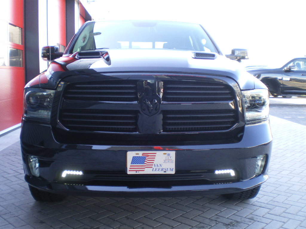Dodge Ram 1500 night edition grill