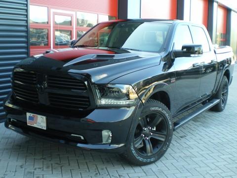 Dodge Ram 1500 Pickup Night Edition Autobedrijf Van Leersum